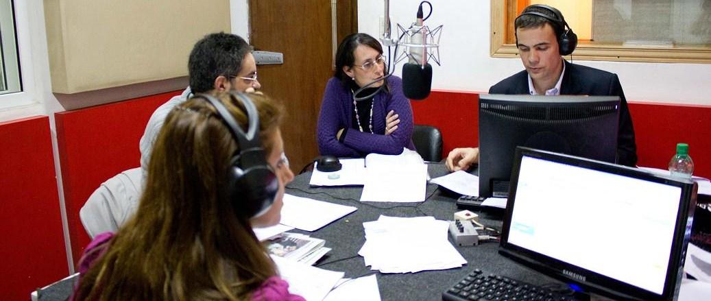 Juventud Activa un programa radial de servicios para los jóvenes